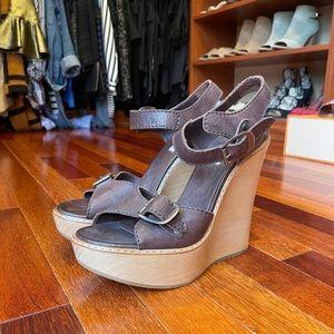 Chloe Wedges Size 10 - never worn